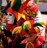 <h5>Carnaval : Les Bouffons - Tarascon sur Ariège (09)</h5><p>32 cm x 32 cm</p>